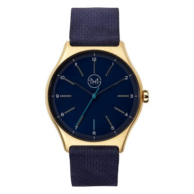 01 - slim made one 10 - thin wrist watch in gold with blue leather band - front